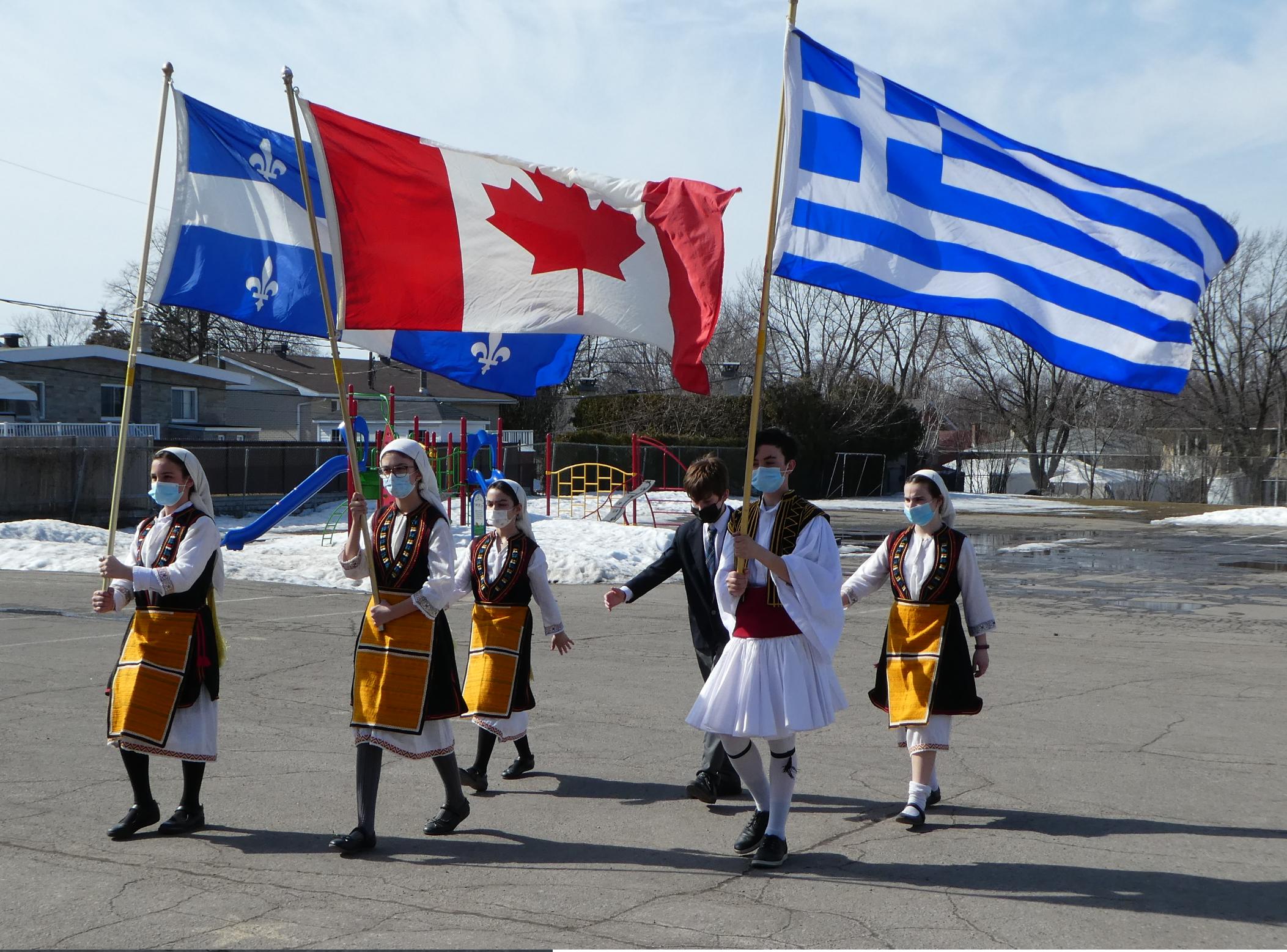 L'École Socrates-Démosthène célèbre le 25 mars